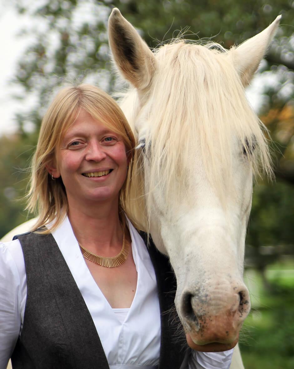 Das Team von Cromme Coaching – Pferdegestützte Persönlichkeitsentwicklung: Johanna Cromme